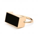 18 carat rose gold ring with onyxby Ginette NY